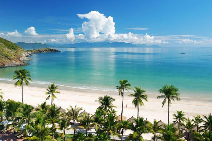 Пляжи Хойана - это чистый песок и бирюзовое море.
