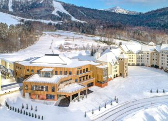 https-ns-clubmed-com-icp-1-media-01-villages-1-3montagne-1-tomamu-4-photos-tomcl117001