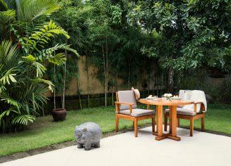 garden-suite-private-garden-crop