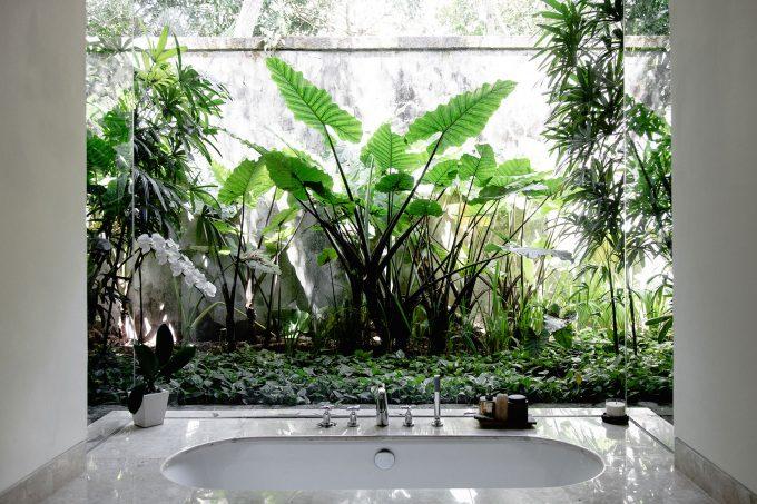 sunken-bathtub-crop
